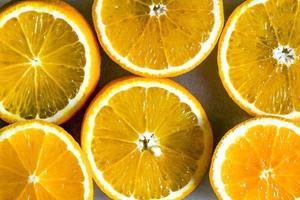 tranches d'orange à plat photo