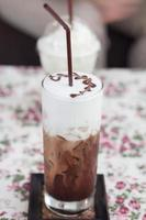 boisson au chocolat et moka photo