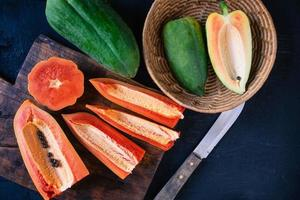 fruits de papaye hachés