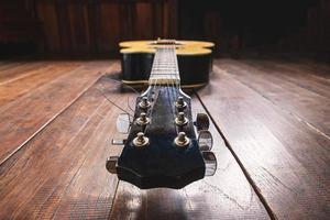 tête de guitare acoustique