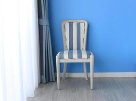 chaise sur plancher en bois