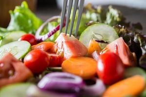 gros plan, de, salade de légumes frais