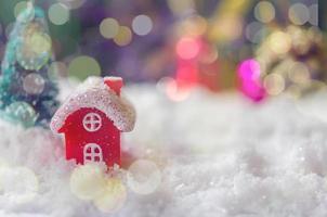lumières bokeh et décor de Noël photo