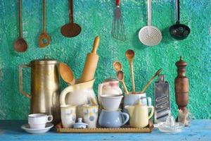 collection d'ustensiles de cuisine vintage photo