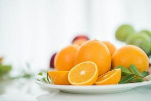 oranges fraîches tranchées