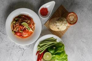salade de papaye thaï aux ingrédients