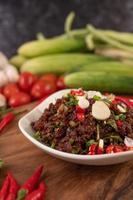 Repas de viande hachée épicée dans un plat