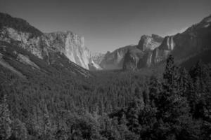 vue du tunnel de Yosemite photo