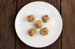 salade de porc épicée délicate à la lime photo