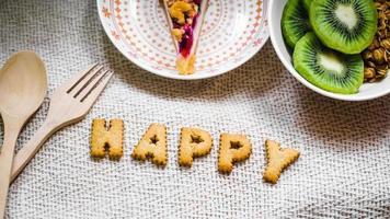 biscuits heureux avec d'autres aliments