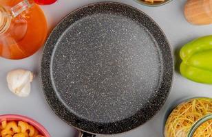 casserole avec des ingrédients