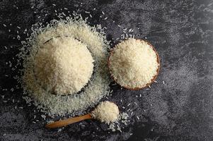 gros plan, de, riz blanchi, dans, bols