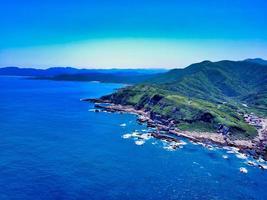 Vue aérienne de la côte nord-est de Taiwan photo