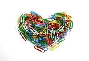 trombones colorés en forme de coeur