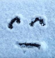 visage triste dans la neige