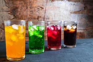 assortiment de boissons glacées