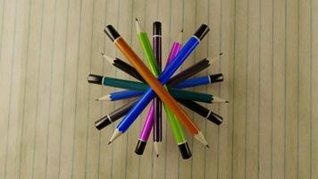 vue de dessus des crayons