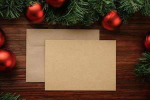 maquette de carte de Noël en papier kraft