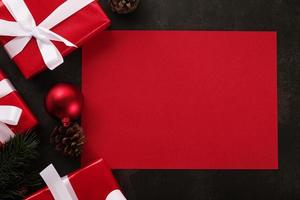 maquette de carte de Noël rouge