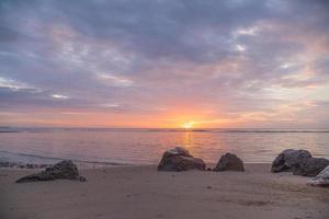 lever de soleil sur la mer