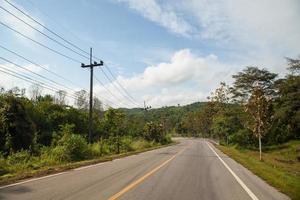 route dans les montagnes photo