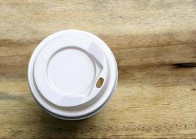 tasse à café sur table photo