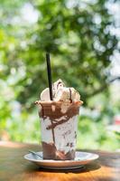 milkshake au chocolat glacé