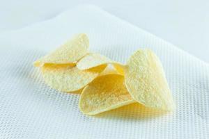 chips de pomme de terre sur tissu