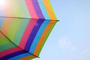 ciel et parapluie arc en ciel