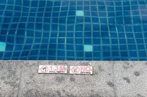 signe de la piscine photo
