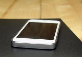 téléphone sur ordinateur portable