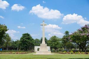 croix dans le cimetière