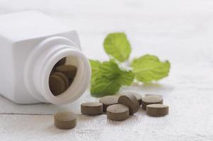 pilules de comprimé brun
