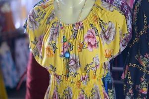 vêtements de mode sur un mannequin photo