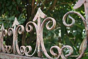 toppers de clôture de fer photo