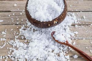 sel de mer sur table