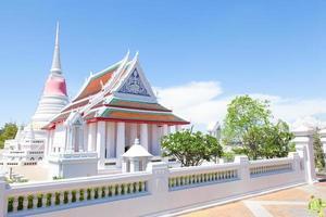 temple blanc en thaïlande photo
