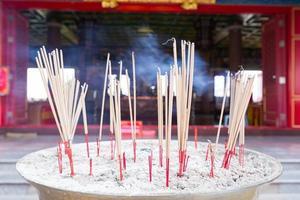 encens en pot d'encens en Thaïlande