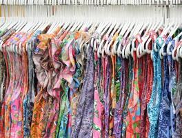 rangée de vêtements