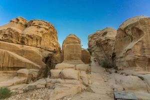 Les blocs djinn à Petra, Jordanie