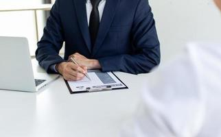 remplir des formulaires d'assurance photo