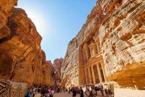 touristes à petra, jordanie, 2018