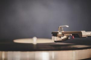 tourne-disque avec vinyle vintage photo