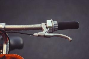 guidon de vélo orange photo