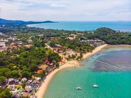 Vue aérienne de la belle plage tropicale sur l'île de Koh Samui, Thaïlande