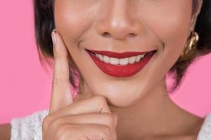 gros plan, de, mode femme, à, lèvres rouges photo