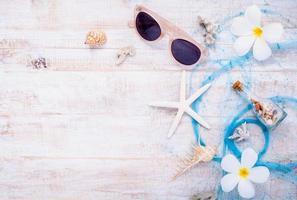 articles d'été sur bois photo