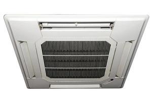 panneau de climatiseur isolé sur fond blanc