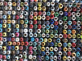 bombes de peinture en aérosol utilisées photo
