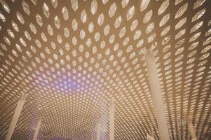 Plafond et colonnes de l'aéroport international de shenzhen bao'an photo
